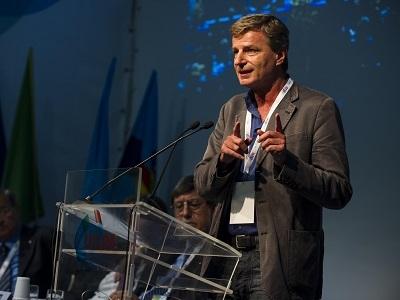 SINDACATO. L'intervento di Stefano Mantegazza al XVII Congresso Uil